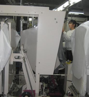 日本一年干洗工工作现场
